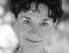 Elaine Claxton